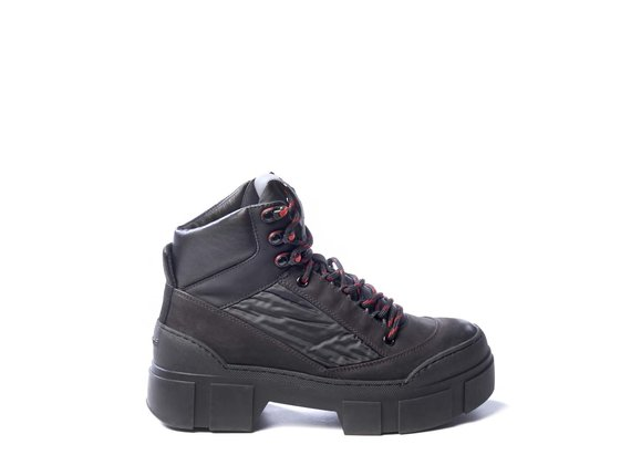 Black fabric and nubuck leather walking boots