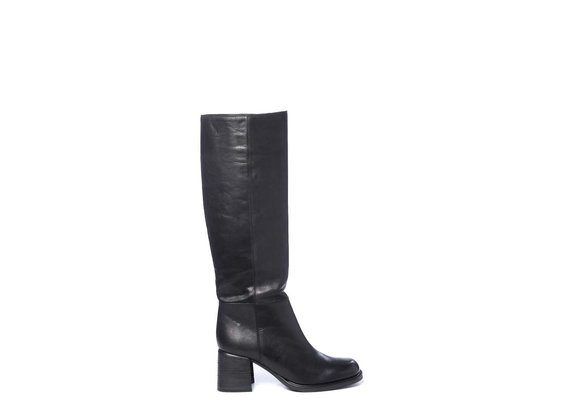 High boots in black calfskin