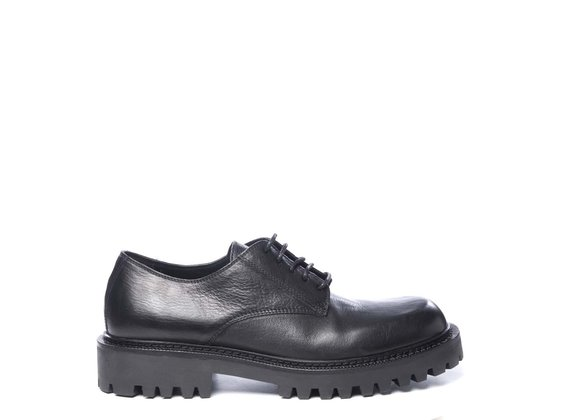 Men's black calfskin derbies