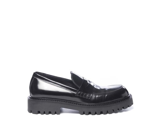 Men's brushed leather moccasins