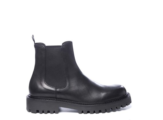 Men's black calfskin Beatle boots