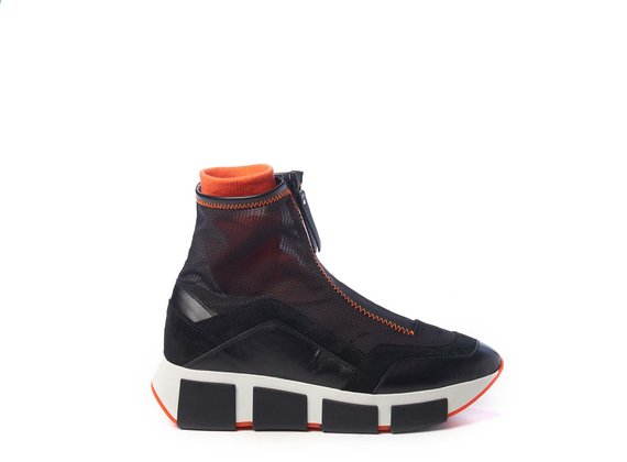 Black high-top running shoes in calfskin/split leather and see-through black ripstop