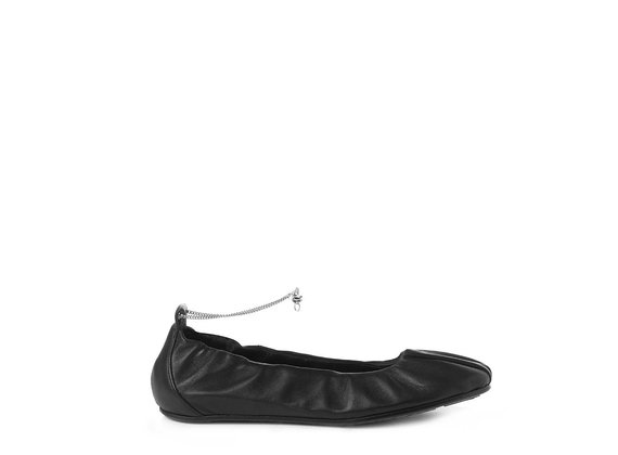 Ballerina flats in soft black nappa leather