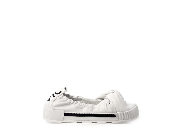 Sporty white ballerina flats in soft nappa leather with knot - White
