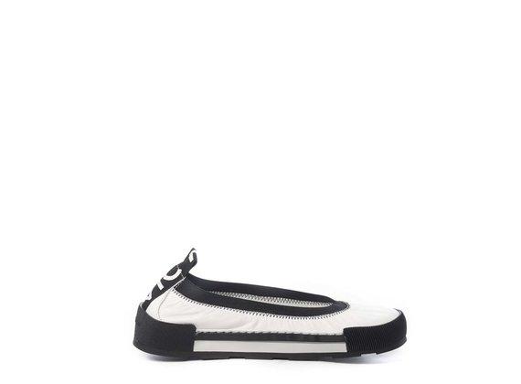 Sporty black calfskin ballerina flats - White