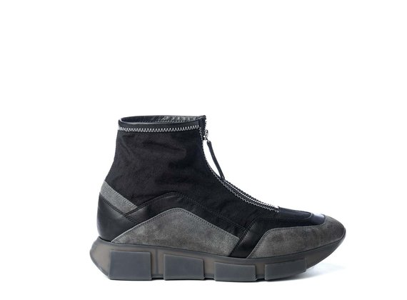 Men's vintage black high-top running shoes in split leather, calfskin and nylon