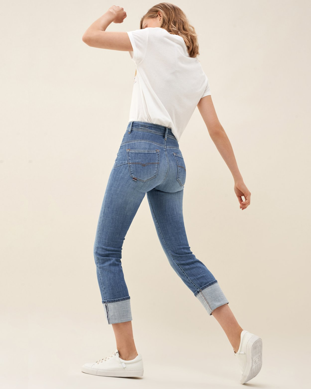 Secret Glamour Capri Jeans